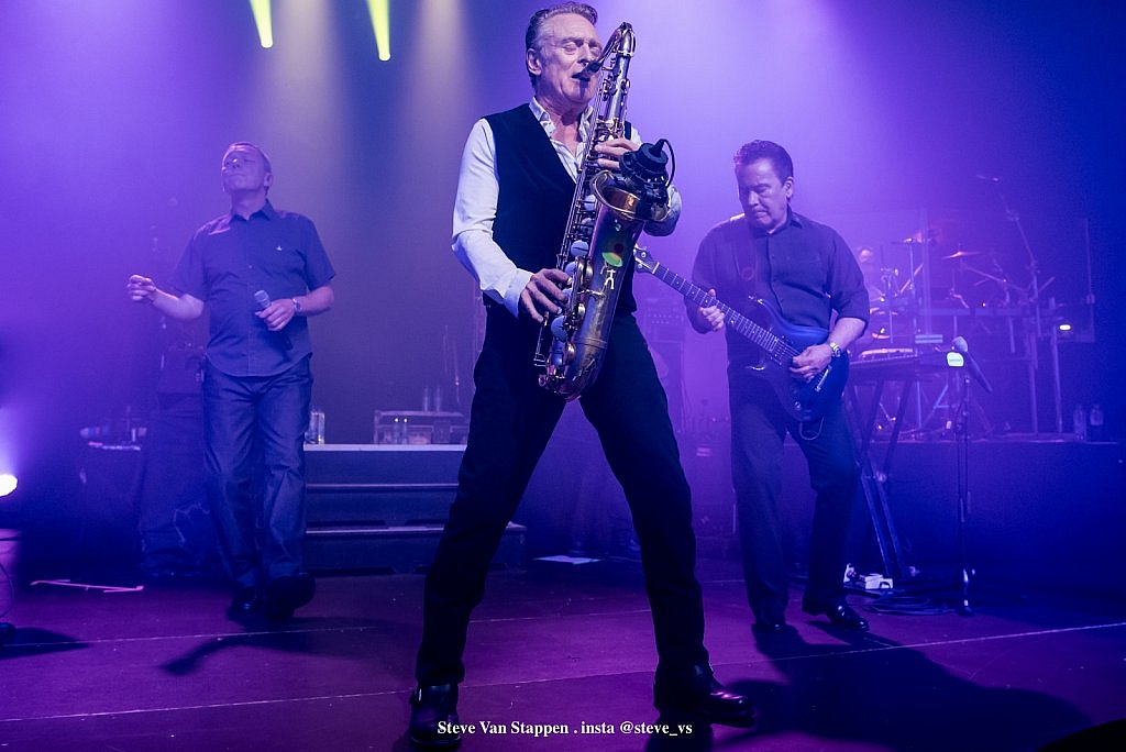 ub40-7-STEVE-VAN-STAPPEN-copyright-exclusive-rightjpgjpglarge1543482200.jpg