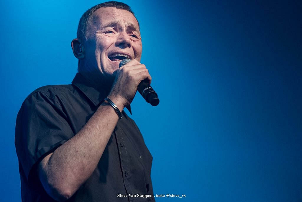 ub40-12-STEVE-VAN-STAPPEN-copyright-exclusive-rightjpgjpglarge1543482219.jpg