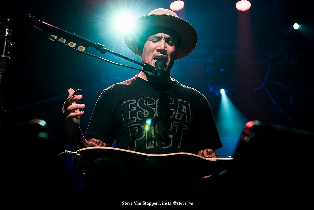 BEN-HARPER-2-STEVE-VAN-STAPPEN-copyright-exclusive-rightlarge1523861588.jpg