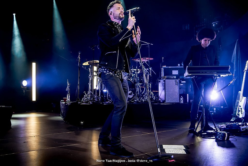 calum-scott-10-STEVE-VAN-STAPPEN-copyright-exclusive-rightjpglarge1525092986.jpg