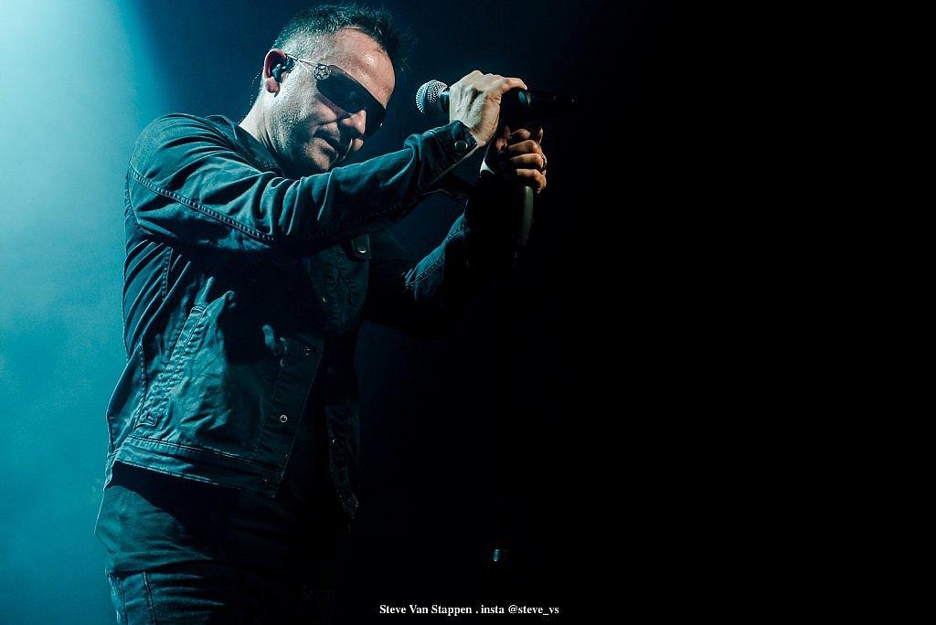 brussels-tribute-band-17-STEVE-VAN-STAPPEN-copyright-exclusive-rightjpgjpglarge1537172873.jpg