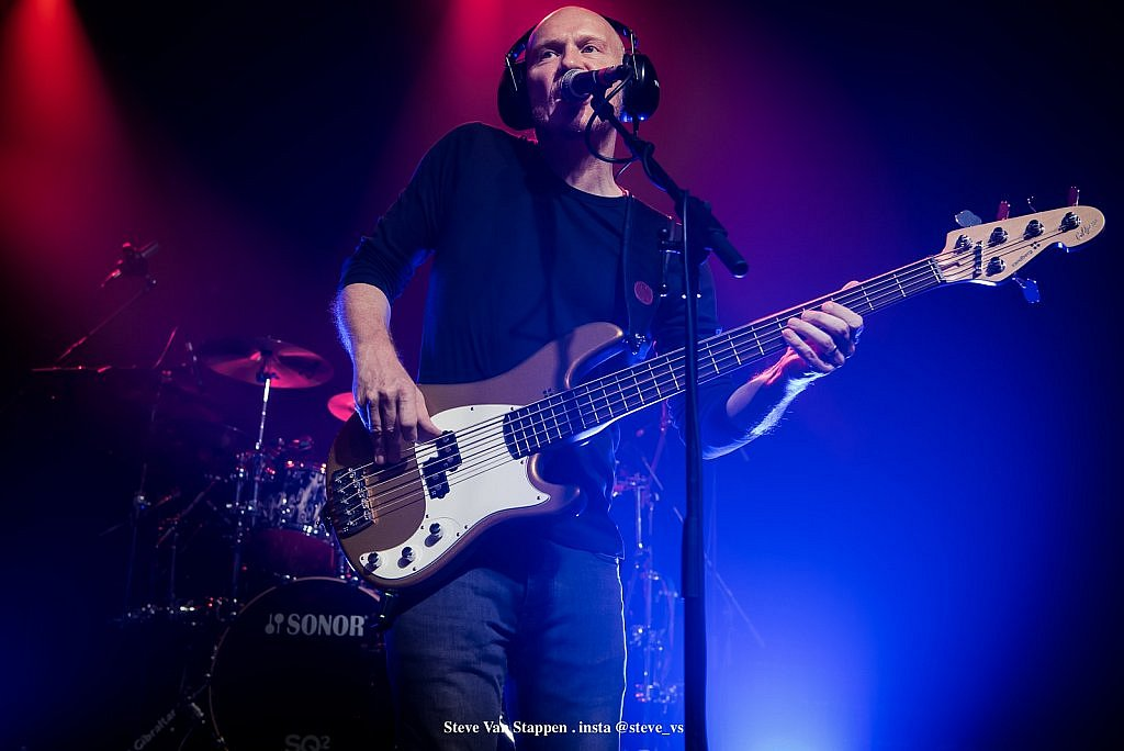 the-pineapple-thief-3-STEVE-VAN-STAPPEN-copyright-exclusive-rightjpgjpglarge1537519659.jpg