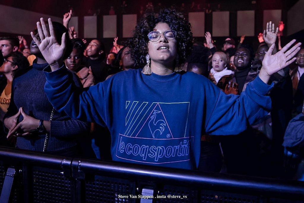 YOUTH-REVIVAL-HOLY-SPIRIT-20-STEVE-VAN-STAPPEN-copyright-exclusive-rightjpgjpglarge1538463556.jpg